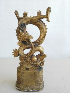Bronze dragon sculpture - China - Late 20th/21st century
