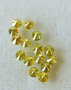 Lot of 15 natural diamonds ct.1.00 No reserve price.