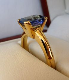 2.25 ct IGI + PGT Certified Natural Violetisch Blue Transparent Tanzanite in Ring of 14K Solid Yellow Gold  -  Ring Size 17.5/55/7.5