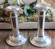 A pair of George V silver candle stands - Birmingham - Martin Hall & Co Ltd - 1916