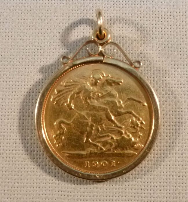 Great britain victorian half sovereign 1901 9ct gold pendant great britain victorian half sovereign 1901 9ct gold pendant mounted aloadofball Images