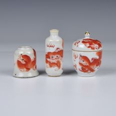 Three pieces of Chinese porcelain, including Inkwell - China - Approx. 1900