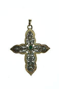 Sturdy 18 kt gold and silver cross pendant set with emerald and rose diamonds, handmade item of jewellery, 60 mm