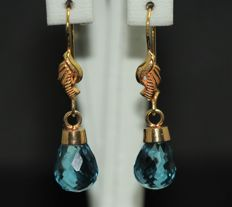18 kt gold earrings set with blue topazes - 12 x 18 mm ***No reserve***