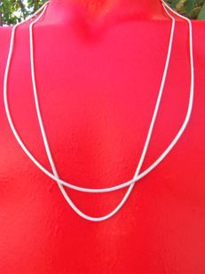 Two sterling silver women's necklaces, 925, 1 mm wide, length 60 cm.