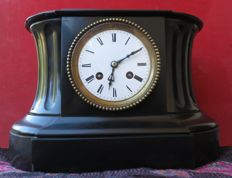 Big French black marble table clock Paris Japy Freres mechanism, great Medal of Honour of 1855.