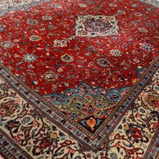 "Sarough – 382 x 278 cm – ""Finely elaborated eye-catcher - Oversized Persian carpet in beautiful, virtually unused condition."