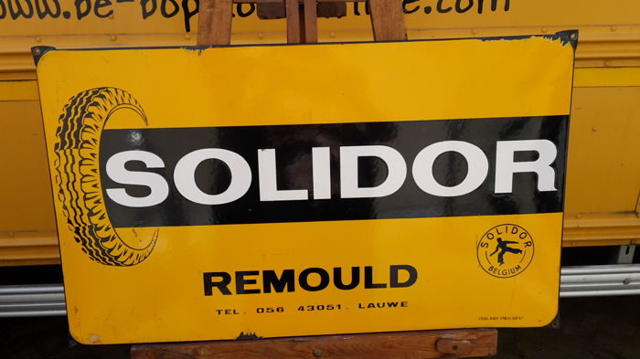 Solidor enamelled plate
