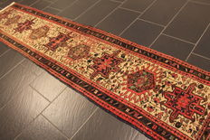 Rare beautiful Persian rug around 1960, hand-knotted circa 1, Heris Heriz, plant colours, 62 x 283 cm rug, from € 1, no reserve price