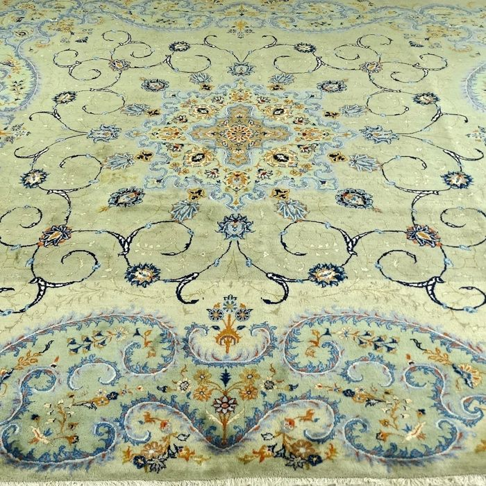 Keshan – 314 x 291 cm – unique – exclusive, almost square, Persian rug – eye catcher in pistachio-green – in wonderful, antique condition