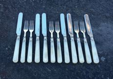 set of 6 silver and mother of pearl knives forks, Sheffield, 1851