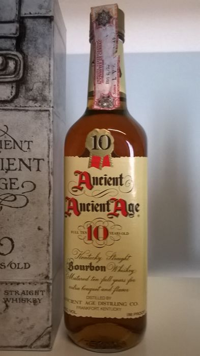 0f5e04e5eb3 2 bottles from the 1980s - Ancient Ancient Age 10 Years Old Bourbon (with  box)   Eagle Rare 10 Years Old Bourbon