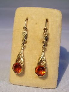 Victorian earrings with faceted Madeira citrines