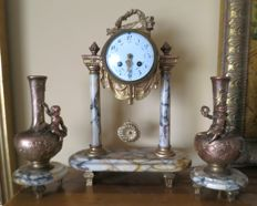 French Empire Style Portico Clock 19 th century - Marble - Fritz Marti Paris Movement - Gold Medal 1900