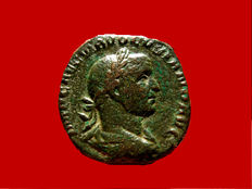 Roman Empire - Volusian (251 - 253 A.D.) bronze sestertius (22,13 g. 28 mm.) from Rome mint. CONCORDIA AVGG. Scarce.