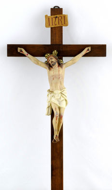 Crucifix, made in clay - Spain - early 20th century.