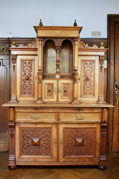 Neo-Renaissance sideboard in oak - Belgium or Germany - ca. 1890