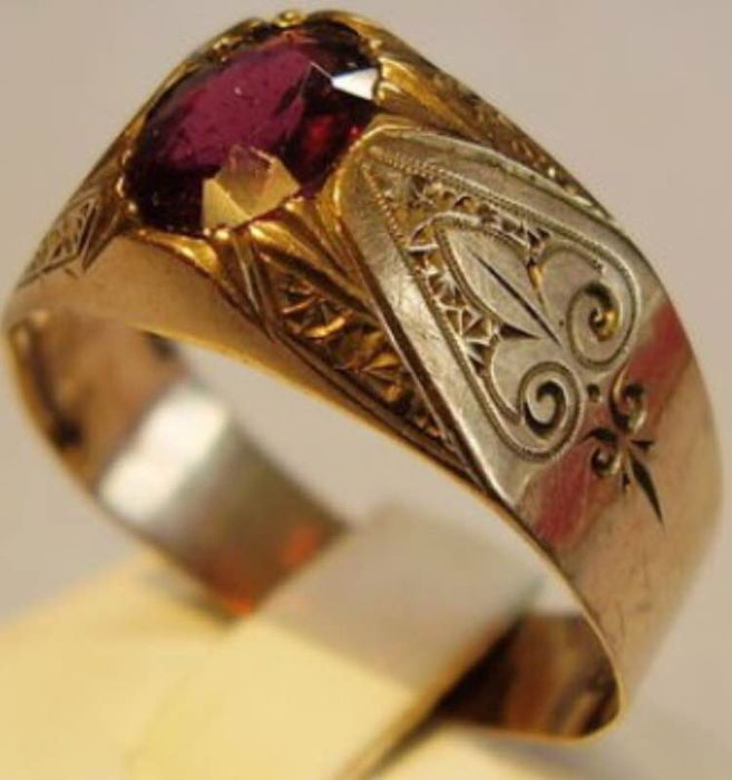 a986a63d96b98 Antique Men's gold ring, 333 gold this ring is made around 1860-1880 in  Bohemia. - Catawiki