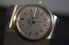 Omega Day-Date - large size vintage men,s watch from 1970,s in excellent condition.