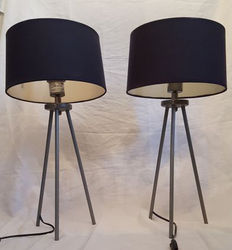 Pair of two tripod Bedworth designed lamps base, England, second half 20th century