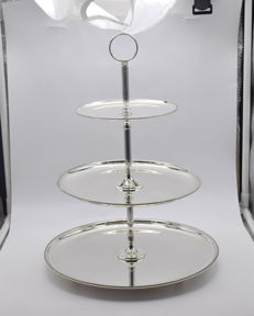 Designer  sterling silver cake&cookie stand   International hallmarked 925