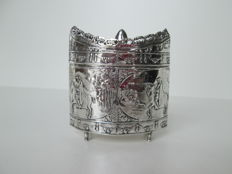 Silver tea box after antique model, unknown master, ca. 1920