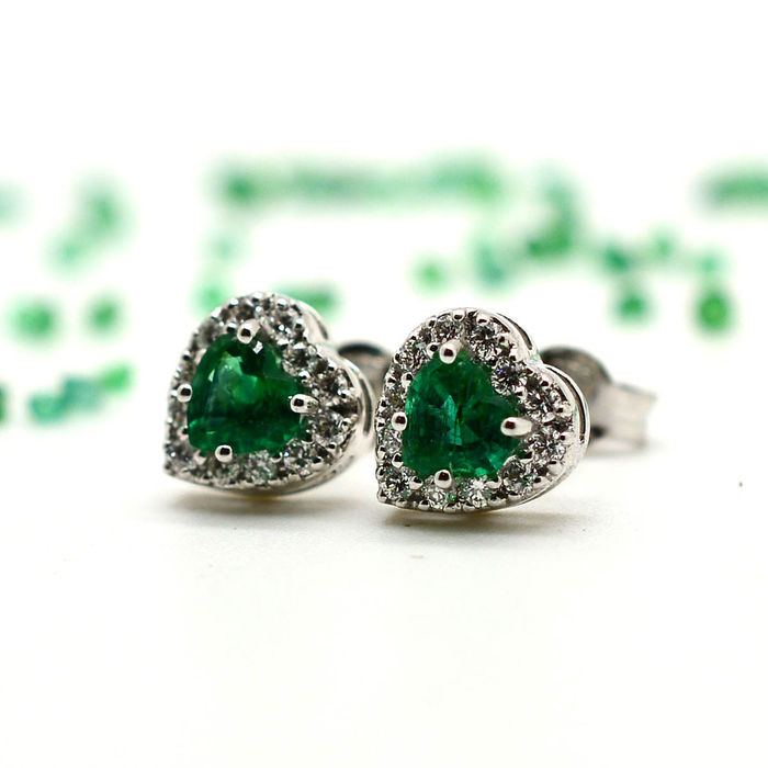 in heart earrings diamond india gdfes shaped damor emerald