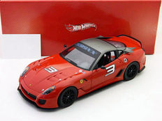 Hot Wheels - Scale 1/18 - Ferrari 599XX #3
