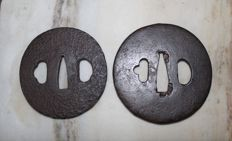 Lot with 2 Tsuba – Japan – 18th/ 19th century.