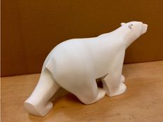"Polar bear ""White bear"" of the Mouseion François Pompon Collection"