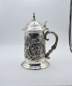 Designer silver mug/tankard with lid  International hallmarked 900