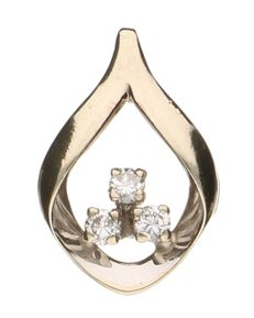 White, 14 kt gold pendant set with three brilliant cut diamonds of 0.07 ct each, 0.21 ct in total - length 17.9 mm.