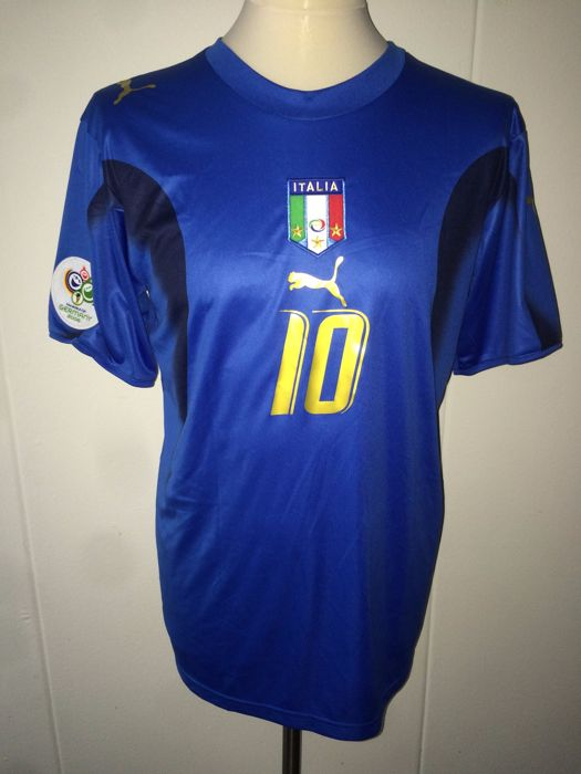Italy / Francesco Totti - World Cup 2006 shirt.