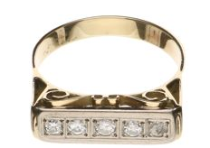 Yellow gold ring, 14 kt, set with five brilliant cut diamonds, 0.35 ct in total - ring size 19.5.