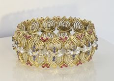 18 kt gold bracelet with 26 brilliants, 78 rubies, and 52 sapphires, a MASTERPIECE - 71 g
