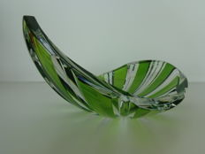 A cut crystal Val saint Lambert bowl, Belgium, second half of the 20th century.