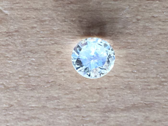 1 diamond, 0.31 ct, brilliant, white, M