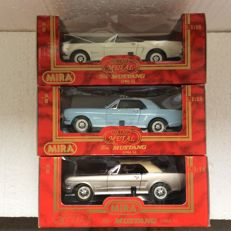Mira Golden Line - Scale 1/18 - Lot with 3 models: 1964 1/2 Ford Mustang Convertible, Coupe & Convertible Soft Top