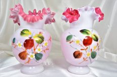 Pair of collar shaped vases made of pink and white opaline - France - ca. 1920