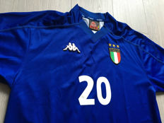 Unique Italy Home Shirt 1999 - Legend Francesco Totti.