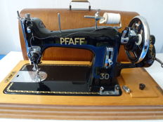 Pfaff 30 sewing machine, Germany, first half of 20 century
