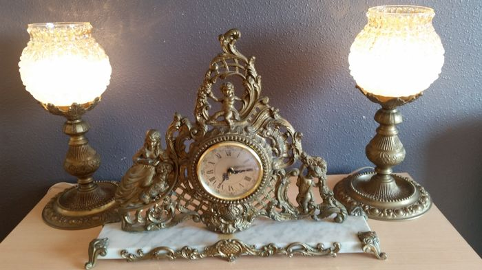 Table clock and matching lamps, Louis XV style 20th century
