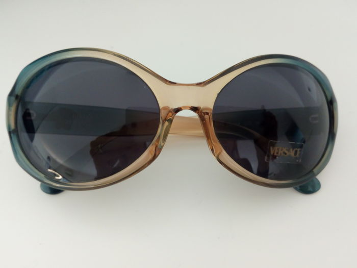 Gianni Versace – Women's sunglasses
