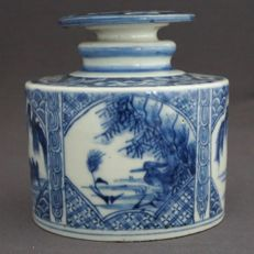Large round tea canister with decoration of ducks in river landscape – Japan – 19th century