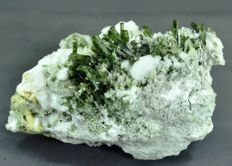 Terminated Green Diopside Crystals Bunch with colorless Zoisite - 100 x 53 x 73 mm - 417 gm
