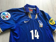 Legendary Home Shirt Italy - Del Piero - Euro 1996.
