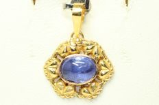 Gold pendant, 18 kt, set with tanzanite, 18 x 15 mm, 2 ct.