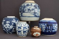 Collection of 5 ginger jars – China – 19th / 20th century