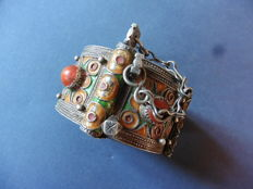 Silver ladies' bracelet with stones Morocco, Tifnit Mid-20th