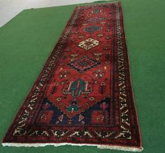 Big handwoven Persian gallery Malayer, 445 x 111 cm, approx. 1960